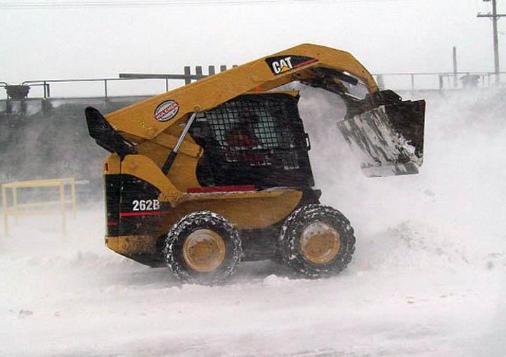 Agganis Bobcat Snow Plowing 01